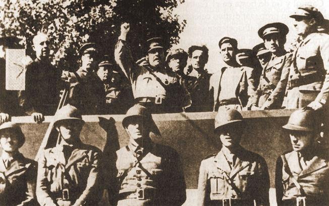 Homenaje en Albacete a las Brigadas Internacionales. Octubre de 1937.