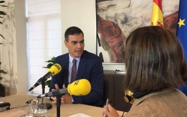 Pedro Sánchez es entrevistado por Angels Barceló en el programa