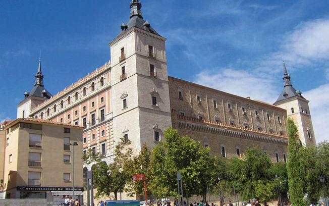 Alcázar de Toledo. Sede de la Bibiooteca de Castilla-La Mancha.
