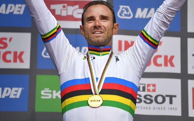 Alejandro Valverde - Campeón del Mundo de Ciclismo. Foto Twitter.