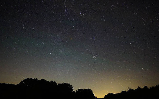 Cielo estrellado nocturno.  © Pixabay