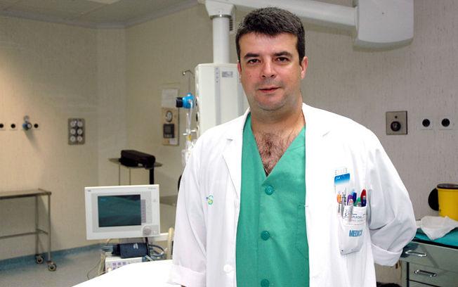 En la imagen el doctor Carlos Vicario, coordinador de la Unidad de Columna del Servicio de Traumatología del Hospital Nuestra Señora del Prado, de Talavera de la Reina (Toledo).